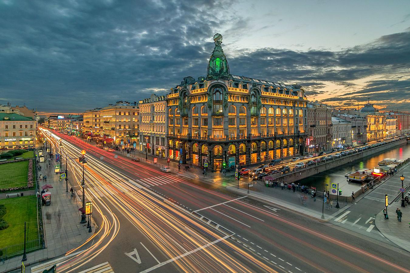 https://timetraveling.ru/images/saint-petersburg/3days/nevskii1.jpg